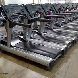 LIFE FITNESS REFURBISHED USED COMERSHALL TREADMILL(ASIA FITNESS)