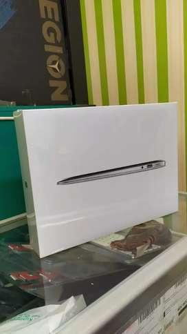 Pusat Kredit Macbook M1 256GB NEW Tanpa CC.