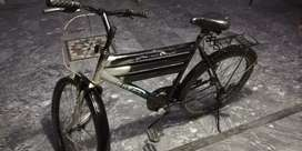 Iam selling my cycle in black color