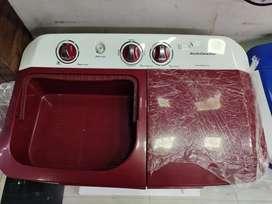 Kelvinator 7 kg semi automatic washing machine