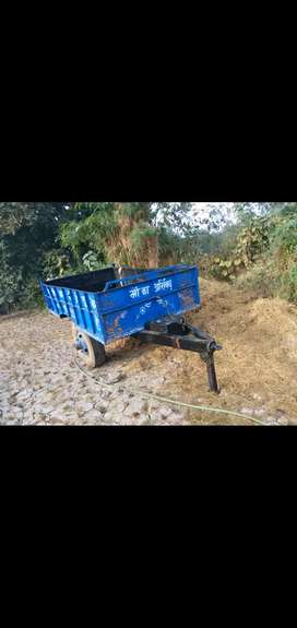 HMT TRACTOR TROLLY urgent sell