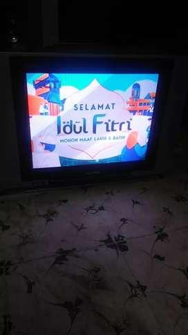 """Jual tv tabung 21"""" flat (layar datar) merk POLYTRON - lokasi helvetia"""