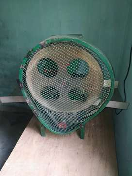 Noodle making  machine with steamer
