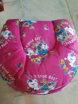 Kids bed 3month to 9m