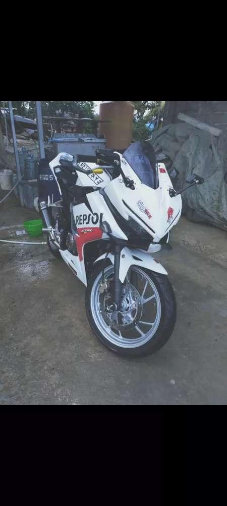 Dijual motor cbr 150