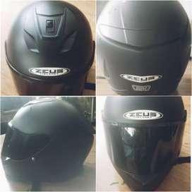 Helm Zeus zs822 Flat visor Full Face hitam dove