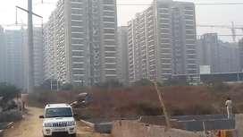 आवास योजना मेंplot खरीदें Noida sec143में 50,100,200गजke प्लॉट12000/गज
