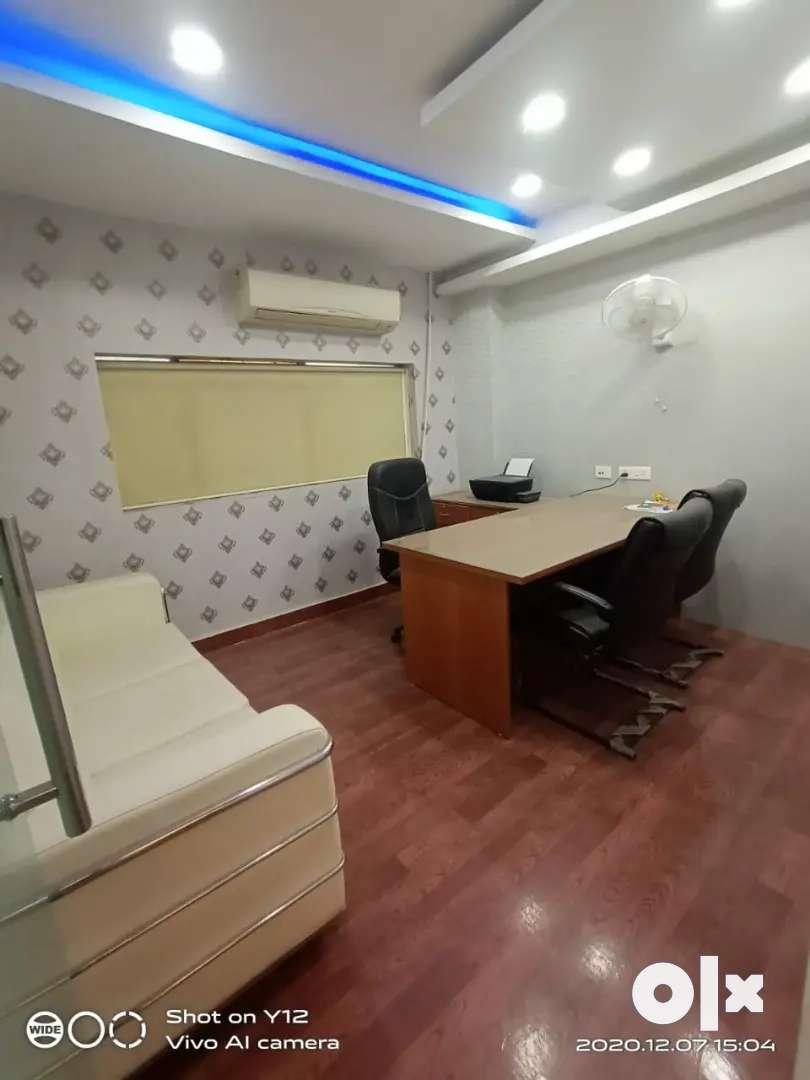 4cabin 10sheet,pantry,washroom , sec-63,near Electronic city metro