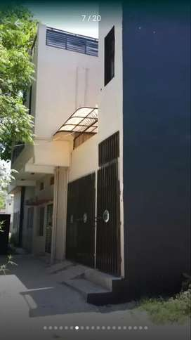 Near P0F H0spital and 1F mosque, Upper Portion for rent