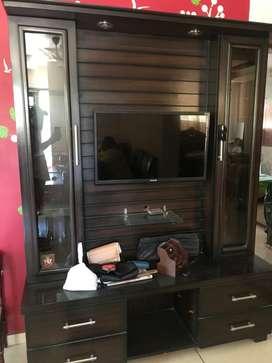 Tv bedroom set