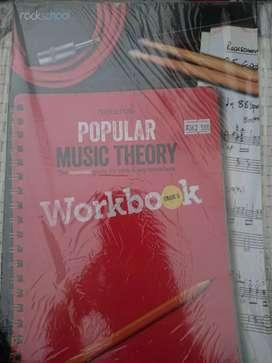 Kami menjual berbagai macam buku music