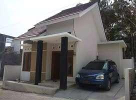 Disewakan Rumah Murah Bangunan Baru Dalam Perum Di Bangunjiwo Dekt UMY