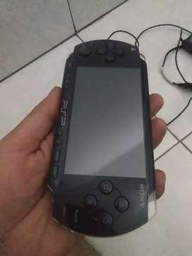 SONY PSP TYPE 1000.