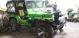 Mahindra Di enjan fittid jeep