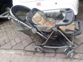 Dorongan bayi minus di roda aj. 1 di gigit tikus