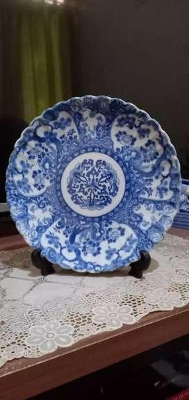 Piring biru putih antik 007