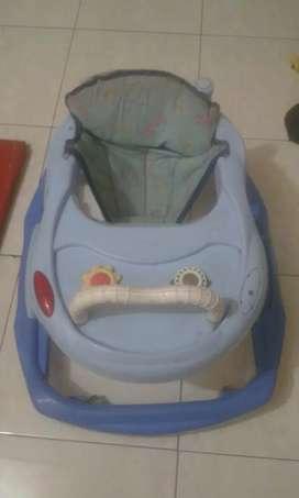 baby walker biru merk family 100 rb nego