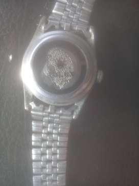 Jam rolex tipe saya tidak mengerti,lagi butuh uang