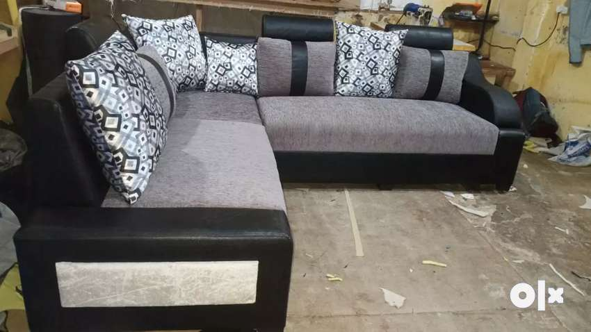 Brand new sofa under warranty 0