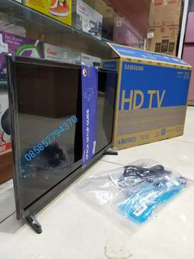 "NEW TV LED SAMSUNG 24"" HD USB MOVIE BARU DAN BERGARANSI RESMI"