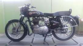 Showroom motor cycle features