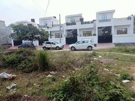 1800 sqft Plot for Sale Gomti Nagar Ext. opp. Amity University