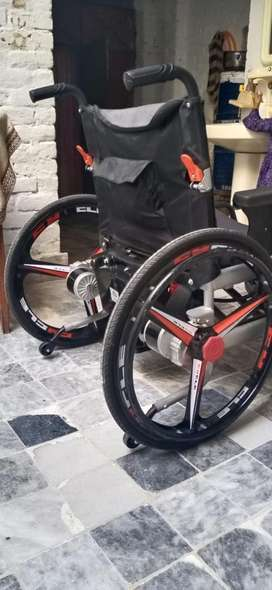 10/10 conditions New Wheel chair