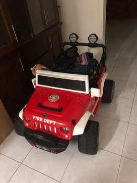 Mobil Aki Anak Pliko Jeep Rubicon PK 1908N Mainan Mobil Anak Red