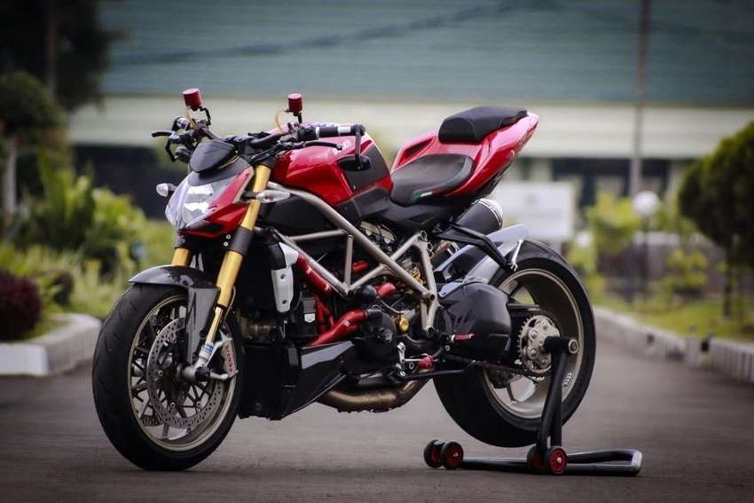 JUAL DUCATI STREET FIGHTER 1098 FULL MODIF RARE 0