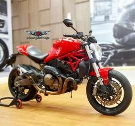 Ducati monster 821 ABS, odo 5300 km , knalpot SC Project