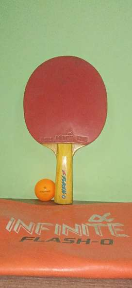 New Table Tennis Bat With a Donic Ball And Cover