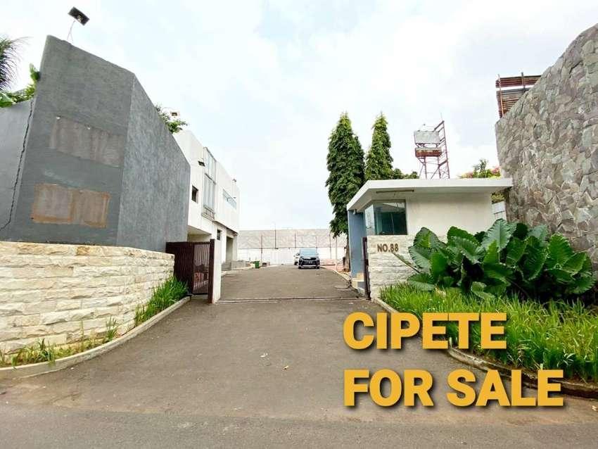 Kavling Tanah Dijual di Cipete, Dalam Cluster, Bentuk Tanah Kotak, SHM 0