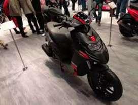 All New Aprilia SR 150 Carbon edition