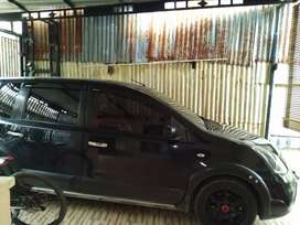 Nissan grand livina X Gear