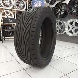 Ban toyo tires 245/45 R18 proxes T1R. BMW mercy dll