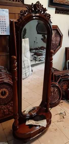 Cermin hias kayu jati ready