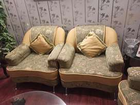 Seven seater sofa set just like new