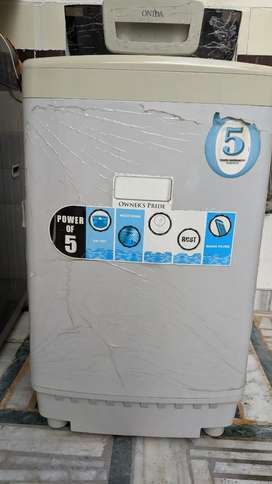 Onida 1.5 yrs old top load fully automatic washing machine