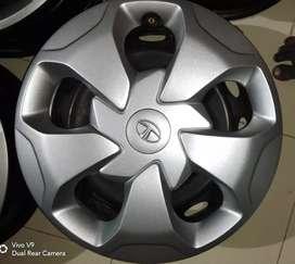 Rim with wheel cap
