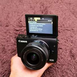 Canon mirorles m10