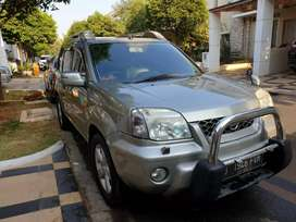Nissan Xtrail XT matic Tahun 2004 bisa tt xenia/avanza/Crv/innova
