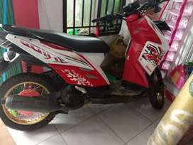 Di jual motor Yamaha surat2 lengkap
