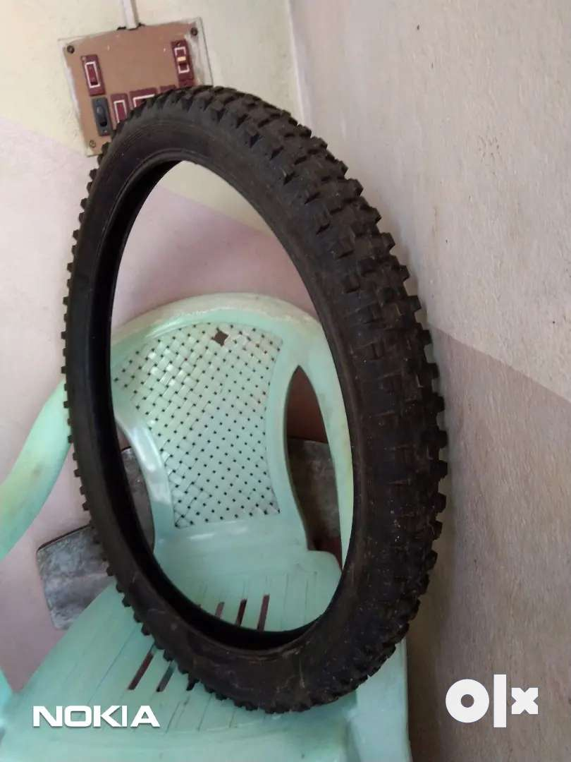 """Mountain bicycle 26"""" Original nylon tyre ( front or back ) 0"""