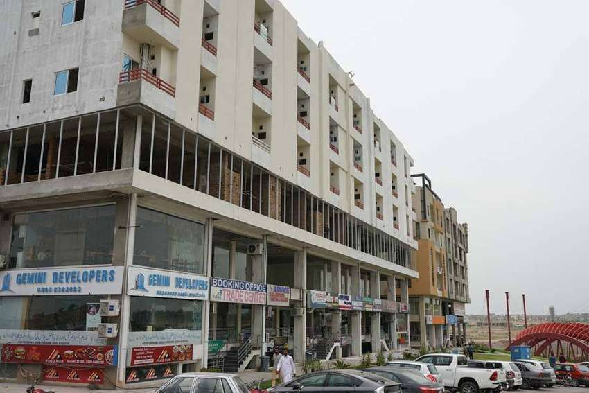 One Shop of 120sqft Available in Gulberg Greens Islamabad. 100% Ready. 0