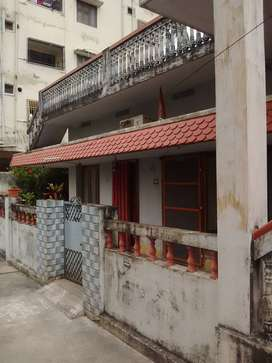 INDIVIDUAL HOUSE FOR SALE   IN ELURU, WGDist,AP