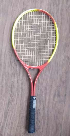 Branded cosco Lawn tennis racquets