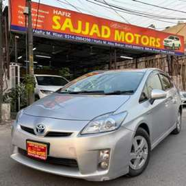 Toyota Prius S Package Genuine Condition Lahore Register 2015