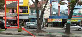 Ruko strategis Katamso dekat Istana Maimun, Rumah Makan BCA, Indomaret