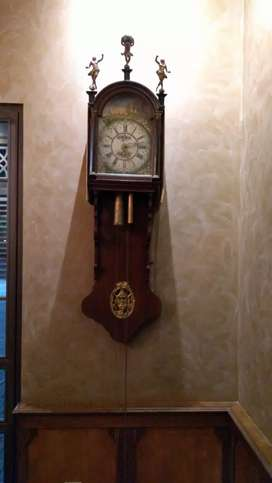 Jam antik original belanda kondisi bagus