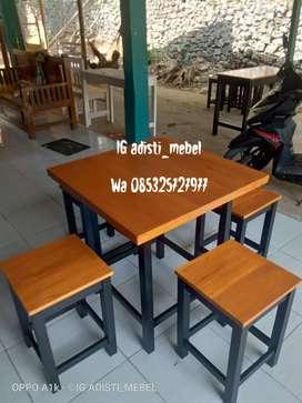 Set meja kursi warung cafe